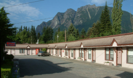 North Bend Motel Exterior